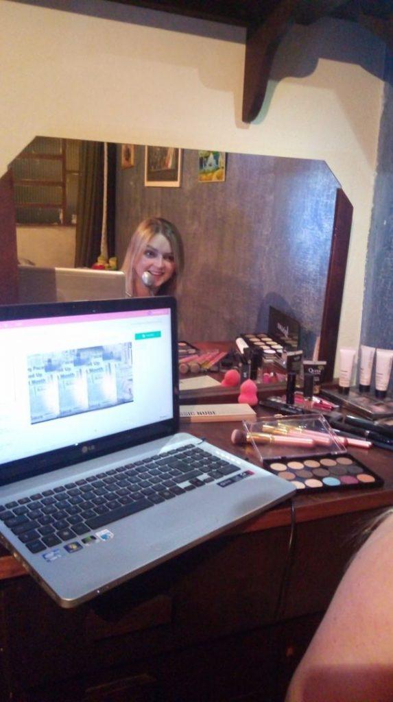 Curso de Maquiagem Online funciona mesmo